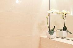 vaaleat laatat kylpyhuoneeseen ABL-Laatat Oy #lämmin #vaalea #beige #kylpyhuone #vessa #laatat #abl #abllaatat #laatat #kaakelit
