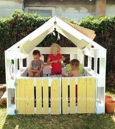 Wooden Pallet Playhouse DIY