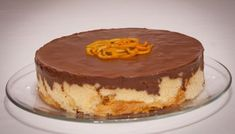 Cake brioche and chocolate with tangerine cream Greek Sweets, Greek Desserts, Greek Recipes, Cake Recipes, Snack Recipes, Dessert Recipes, Cooking Recipes, Greek Cooking, Cooking Time
