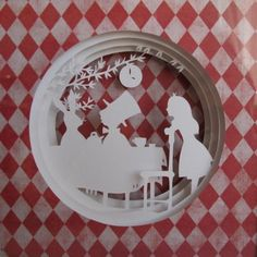 Алиса в Стране Чудес  Катерина Богомолова (magicpaper) сделала замечательную серию работ из бумаги по мотивам Алисы в Стране чудес Льюиса Кэрролла