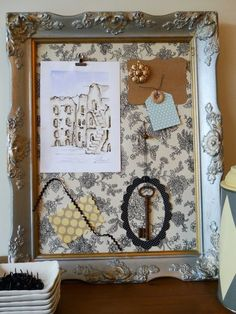 Picture frame bulletin board with toile