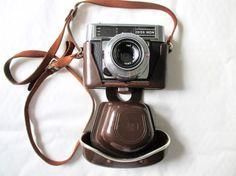 Appareil Photo Zeiss Ikon Contessa LBE Vintage Photo Vintage, Vintage Photos, Zeiss, Vintage Cameras, Drip Coffee Maker, Ikon, Appliances, Nostalgia, Coffee Making Machine