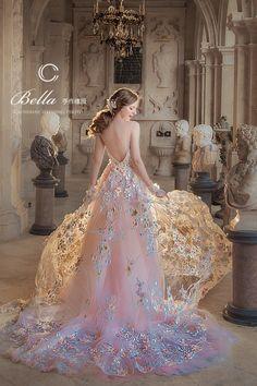 20 Princess-Worthy Fairy Tale Wedding Dresses for Summer Brides! Bella Wedding Dress, Princess Wedding, Wedding Gowns, Bridal Gowns, Pastel Wedding Dresses, Fantasy Wedding Dresses, Fairy Wedding Dress, Fairytale Dress, Fairy Dress