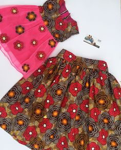 African print Matching outfits for mummy and daughter by BAYABS. Find more on Facebook: BAYABS and @bayabsgh_kids on Instagram