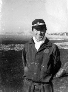 japanese navy air force instructor smiling (hiroshima 1945)