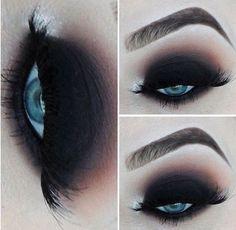 Eye Makeup Glitter, Black Smokey Eye Makeup, Sexy Smokey Eye, Dramatic Smokey Eye, Eye Makeup Tips, Makeup Eyeshadow, Makeup Ideas, Makeup Lips, Black Eyebrows