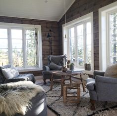New House Paint Interior Living Room White Trim Ideas House Design, Living Room White, House Paint Interior, Interior House Colors, Living Room Interior, House Interior, Brown Living Room, Log Cabin Interior, Rustic House