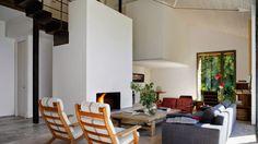 Casa en Extremadura: de establo a vivienda - via sole-studio.blogspot.com