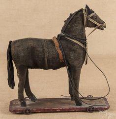 juguete del tirón de caballo, 16 '' H, junto con tres Steif - Precio Estimado:. $ 200 - $ 400