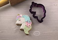 Unicorn Head 1 Cookie Cutter and Fondant by BobbisCookiesCutters