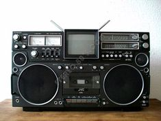 pictures+of+boomboxes+from+1970s | BOOMBOX: JVC (VICTOR) 3090 EN,CQM, EM