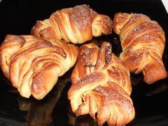 Y cómo hacer un hojaldrado sin empastes.  La masa danesa se utiliza mucho en bollería fina, se pueden hacer croissant o cualquier otra factu...