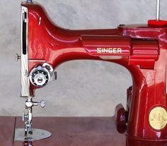 Na máquina de costura