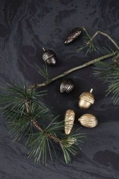 In the Mood for Christmas: Inspiration from Danish Brand ferm LIVING - Nordic Design Minimalist Christmas, Christmas Trends, Christmas Mood, Scandinavian Christmas, Christmas 2017, Christmas Inspiration, Christmas Crafts, Natural Christmas, Pine Cone Decorations