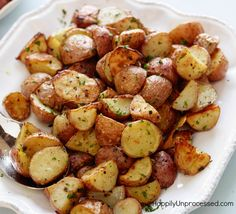 Red potatoes, butter, parmesan cheese, salt & pepper, parsley and a hot oven is all it takes to make these OUTRAGEOUS parmesan roasted red potatoes.