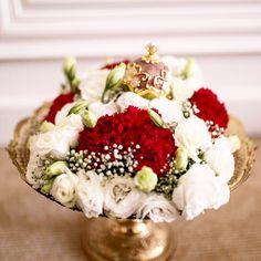 Fresh Flower Hantaran by Myaanddyana. #myaanddyanaweddings. Follow ig: myaanddyana