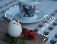 Søte påskeegg på frokostbordet. Barnas favoritt.