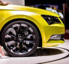 Glossy alloy wheels make your car look classy and chic Geneva Motor Show, Car In The World, Alloy Wheel, Wheels, Cars, Detail, Life, Design, Autos