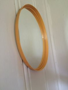 """""""FinnMirror"""" gul. I love it, but also an other person do, so now this mirror from the 70s has got a new home. Sold"""
