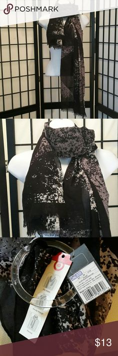 *NWT* Mossimo Purple Black Geometric Print Scarf Great Wrap Scarf, Sorry No trade. Thank you for sharing my closet, I will ALWAYS show you Posh Love by doing the same. Mossimo Accessories Scarves & Wraps