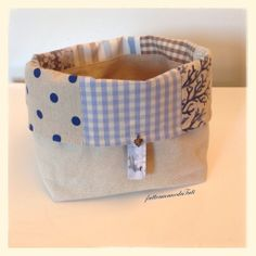 Cestino portapane in cotone patchwork sui toni azzurro/ecrù , by fattoamanodaTati, 23,00 € su misshobby.com