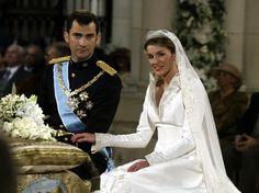 Koninklijke bruidsjurken - deel 1: Letizia Ortiz Rocasolano | ModekoninginMaxima.nl