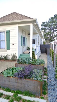 BaDesign Best Edible Garden, Gardenista 2013 Considered Design Awards Winner