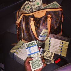 money, luxury, and Louis Vuitton image Louis Vuitton Handbags, Louis Vuitton Monogram, Lv Handbags, Vuitton Bag, Dream Cars, Money On My Mind, Money Today, Money Stacks, Rich Life