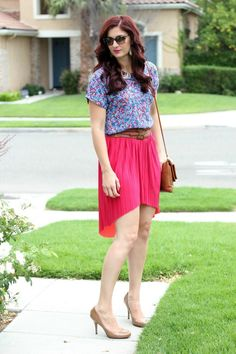 Floral brights, perfect for summer and that hair!