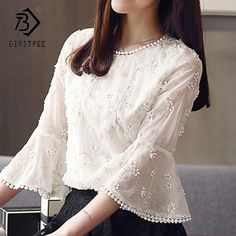 Plus Size 2018 Fashion Lace White Slim Blouses Elegance Lace Woman White Tops Spring Short Sleeve Female Shirts Hots Kurta Designs, Blouse Designs, Dress Outfits, Fashion Dresses, Fashion Blouses, Sleeves Designs For Dresses, Frack, White Tops, Blouses For Women