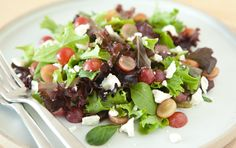 Salad with Grapes and Feta