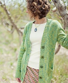 I LOVE this cardi.... sorry I haven't been posting I have been at my cousin's house for a while