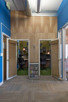 inside pantheons new san francisco office officelovin airbnb insane sf