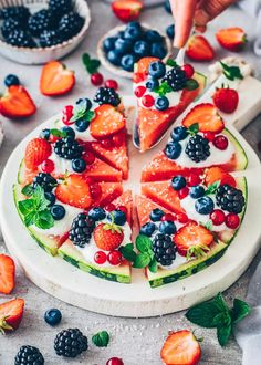 Watermelon Fruit Pizza Red Currant Recipe, Currant Recipes, Watermelon Fruit Pizza, Easy Fruit Pizza, Dairy Free Yogurt, Vegan Yogurt, Summer Dessert Recipes, No Calorie Snacks, Fruit Snacks