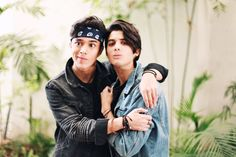 Read from the story Edits de CNCO by TeamCNCOwnerss (CNCO 💫) with 501 reads. Un poco de joerick pa' sus bodys^pandita^ Twenty One Pilots, Memes Cnco, Brian Colon, Twitter Bio, Silly Faces, Becky G, Best Friend Goals, Friend Pictures, I Love Him