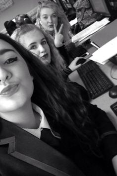 #me #courtney #anna #mates #school