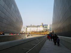 #DDP #dongdaemun #designplaza #seoul #southkorea #korea #building #architecture