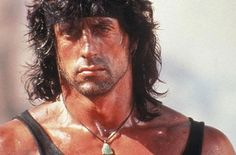 If you saw Rambo I and II, you would have noticed how Stallone's physique changed between the two movies. Here's the training and supplementation program that Stallone used to become Rambo. Sylvester Stallone Rambo, Black Hawk Down, Chuck Norris, Rambo 3, Stallone Movies, Stallone Rocky, Apocalypse Now, Richest Actors, Silvester Stallone