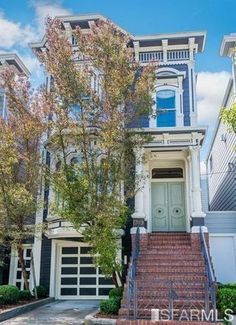 The iconic San Francisco Victorian that serves as the Tanner family home in the beloved series Full House and its recent reboot, Fuller House, can now be Full House, My House, Future House, Pacific Heights, San Francisco Houses, Furniture Placement, Interior Photo, Interior Ideas, Interior Design