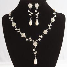 Bridal Jewelry SET Flower and Leaf Bridal Pearl by GlamorousBijoux, $109.00