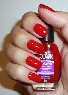 Morango Silvestre - Colorama.  Cherry red nails are so classic, feminine and sexy...they are like the little black dress for your nails: not for every occasion, but you better have a bottle for emergency use.