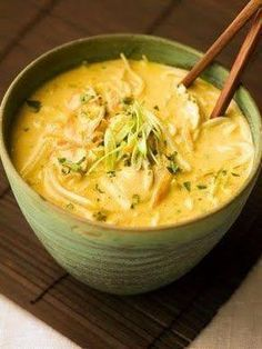 Spicy Thai Coconut Chicken Soup -ingredients: Serving: Serves 4 2 14 ounce cans premium coconut milk 1 heaping Tablespoon Thai curry paste 1 bunch cilantro roots, rinsed well 2 chicken breasts, t Thai Coconut Chicken, Coconut Curry Soup, Cilantro Chicken, Thai Curry Soup, Curry Shrimp, Spicy Thai Soup, Shrimp Soup, Soup With Coconut Milk, Vegetarian Recipes