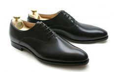 Fine shoes for Fine British Gentlemen