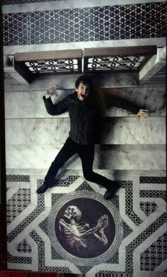 Hugh Dancy laughing LOL