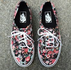 girls in vans images, image search, & inspiration to browse every day. Tenis Floral, Floral Vans, Floral Sneakers, Floral Shoes, Dream Shoes, Crazy Shoes, New Shoes, Pumas Shoes, Vans Shoes