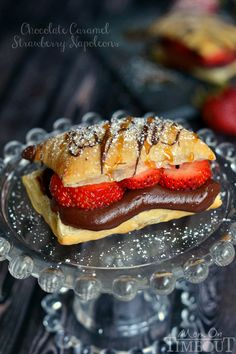 Chocolate Caramel and Strawberry Napoleons 30 Insanely Delicious Puff Pastry Recipes Sweet Desserts, Just Desserts, Sweet Recipes, Delicious Desserts, Dessert Recipes, Yummy Food, Mini Desserts, Health Desserts, Dessert Bars