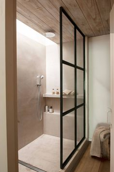 home acssesories – home ideen Bad Inspiration, Bathroom Inspiration, Home Decor Inspiration, Luxury Interior Design, Bathroom Interior Design, Interior Livingroom, Modern Bathroom, Small Bathroom, Yellow Home Decor