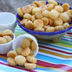 ShowFood Chef: Eazee Cheezees (Tiny Cheese Crackers) Simple Saturday