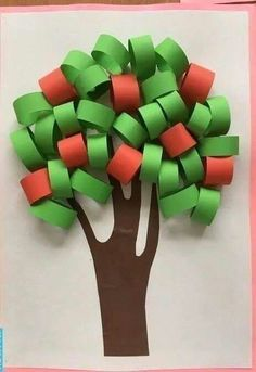 Art activity with ribbon papers Preschool Crafts, Diy And Crafts, Crafts For Kids, Arts And Crafts, Paper Crafts, Diy Paper, Summer Crafts, Fall Crafts, Projects For Kids