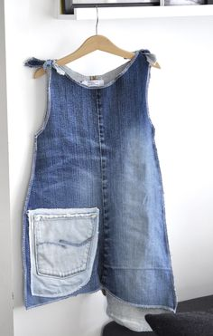 Cute Apron Dress from Denim Jeans...link in diff. language...can also only sew one side and do big buttons on other!